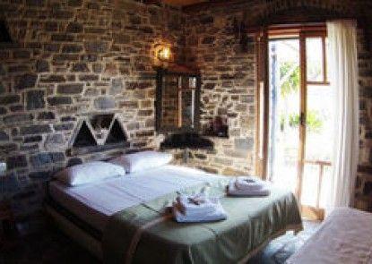 Arokaria Hideaway Suites