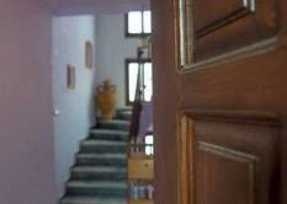 Arriba Apartments