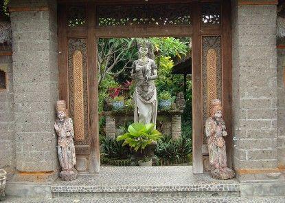 The Artini Resort (Formerly Artini 3 Cottages) Pintu Masuk