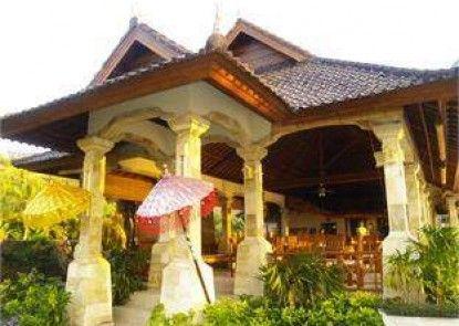 Arya Amed Beach Resort Vila