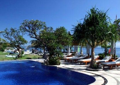 Arya Amed Beach Resort Kolam Renang Utama