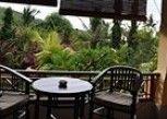 Pesan Kamar Kamar Deluks di Arya Amed Beach Resort