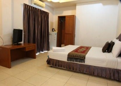 Arya Inn Pattaya Beach Hotel