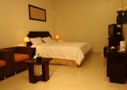 Asia Hotel Makassar Kamar Tamu