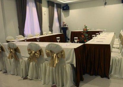 Asia Hotel Makassar Ruangan Meeting