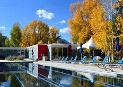 Aspen Meadows Resort Teras