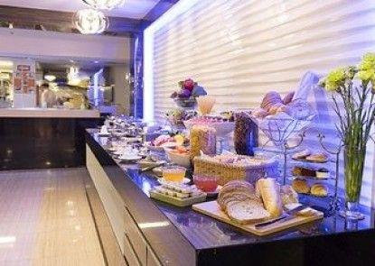 Aspen Suites Sukhumvit 2 by Compass Hospitality Rumah Makan