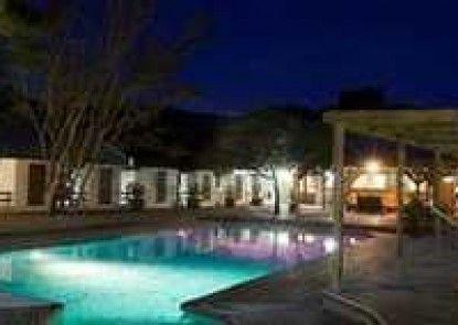 Assegaaibosch Country Lodge