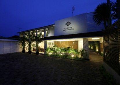 Astana Batubelig Suite Villa Pintu Masuk