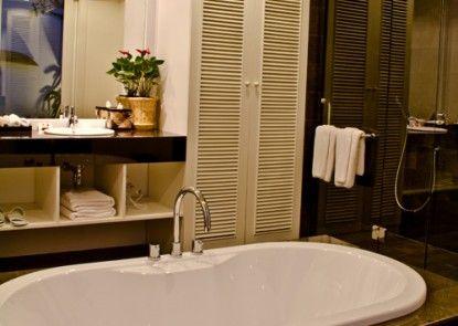 Astana Batubelig Suite Villa Kamar Mandi