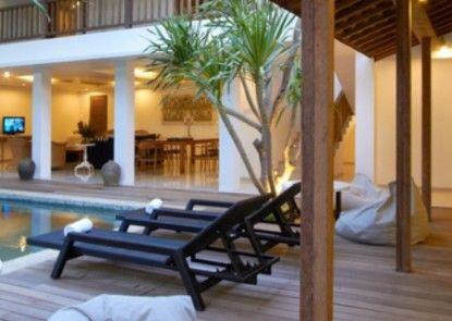 Astana Pengembak Suite Apartment & Villa Teras