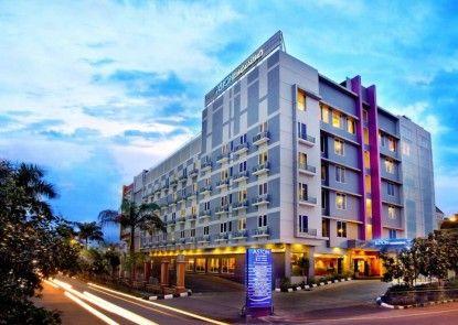 Aston Cengkareng City Hotel Eksterior