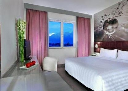 Aston Cengkareng City Hotel Teras