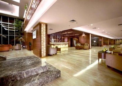 Aston Madiun Hotel & Conference Center Lobby