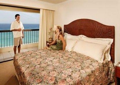 Aston Waikiki Beach Tower Teras