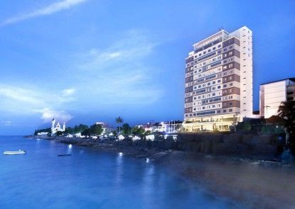 Aston Kupang Hotel & Convention Center Eksterior