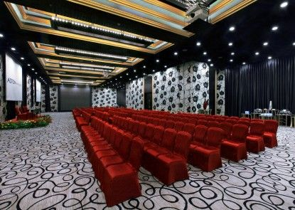 Aston Priority Hotel and Conference Center Ruang Pertemuan