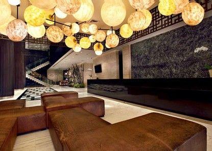 Aston Priority Hotel and Conference Center Penerima Tamu
