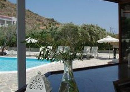 Astron Hotel - Bungalows