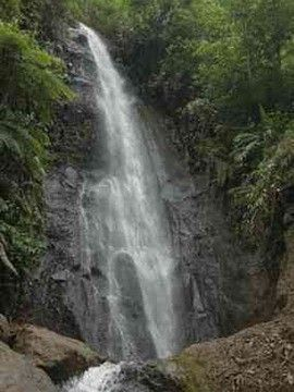 Air Terjun Parijotho