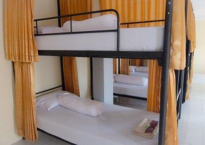 Athaya Hotel Jogja Teras