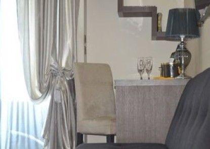 Athens Luxury Suites
