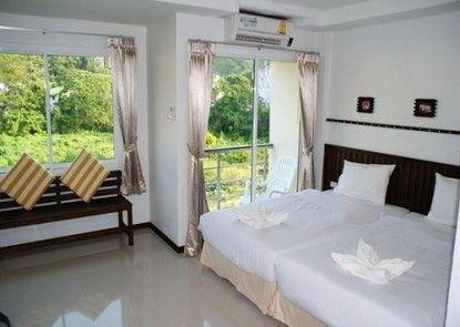 Athome Hotel Two @ Nanai 8