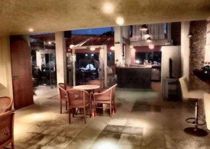 Atlantida Mare Studios & Apartments