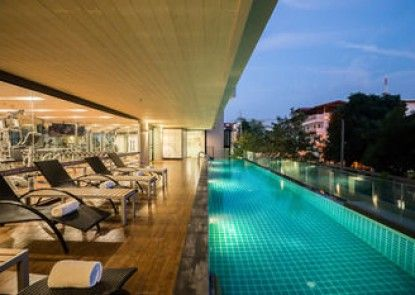 At Mind Premier Suites Hotel