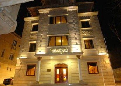 Atropat Hotel