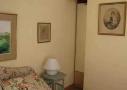 Au Micocoulier Bed & Breakfast - Adults Only