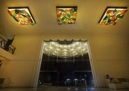 Avenra Beach Hotel