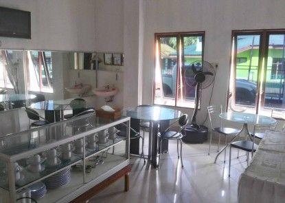 Avicenna Hotel Rumah Makan