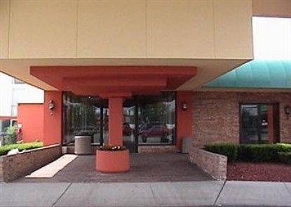 A Victory Inn & Suites - Ann Arbor