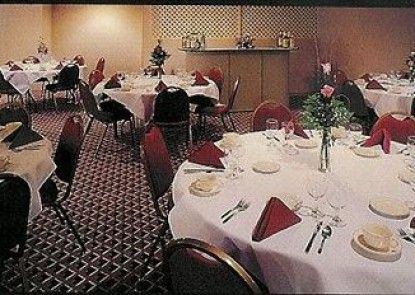 A Victory Inn & Suites- Muskegon