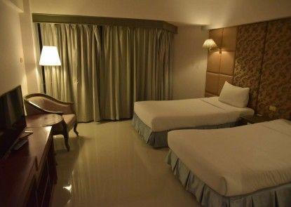 Ayothaya Riverside Hotel Ayutthaya