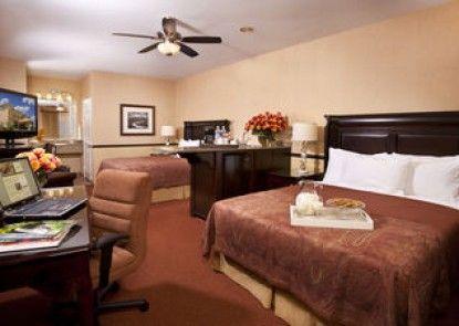 Ayres Lodge & Suites Corona West