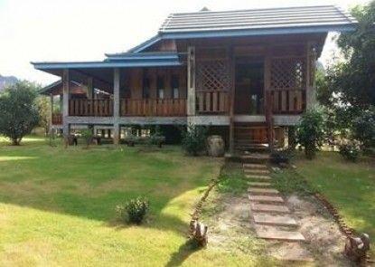 Baan Chai Khao Village Home Stay