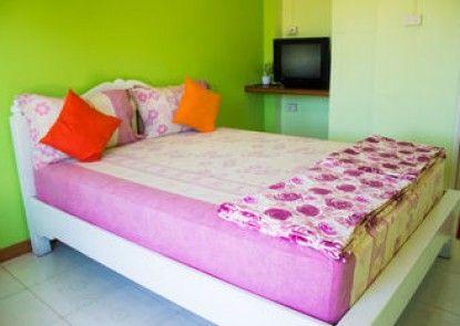Baan Pug Takayai guesthouse