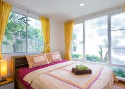 Baan Sanpleon Beachfront Condominium