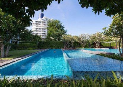 Baan SanPluem Beachfront Condominium