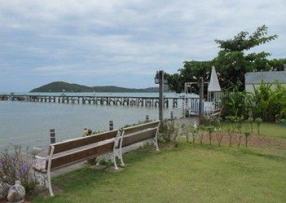 Baan Sattahip by the sea