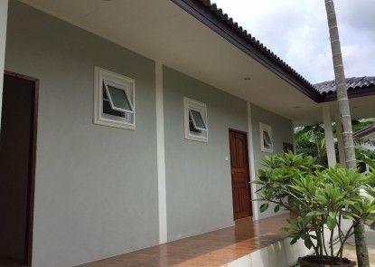 Baan Suan Khun Yaiy Nakhon Nayok