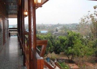 Baan Suan Mai Ngam Resort