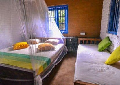 Back of Beyond - Safari Lodge Yala