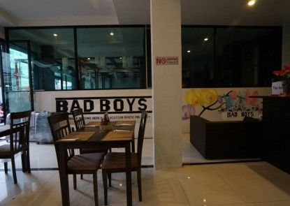 Bad Boys Guesthouse Patong