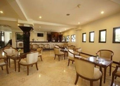 Bahari Inn Tegal Lounge Eksekutif