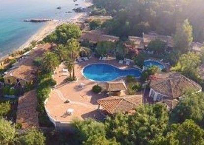 Baia Paraelios Resort