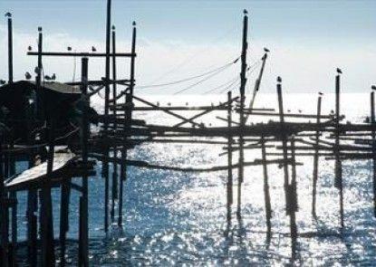 Baia Delphis Resort