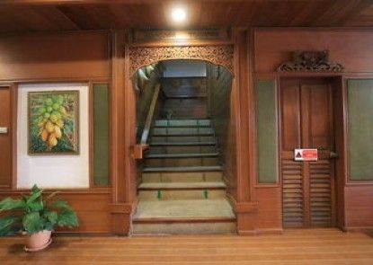 Baiyoke Chalet Hotel